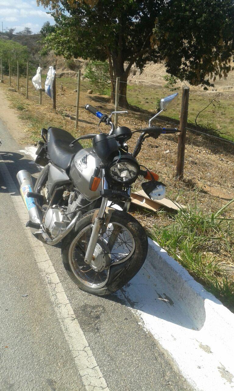 ACIDENTE GRAVE NA BR259 TREVO DE GOIABEIRA – DOIS MOTOCICLISTAS COLIDEM