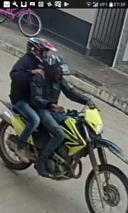 fotos de câmera de segurança - com os dois suspeitos