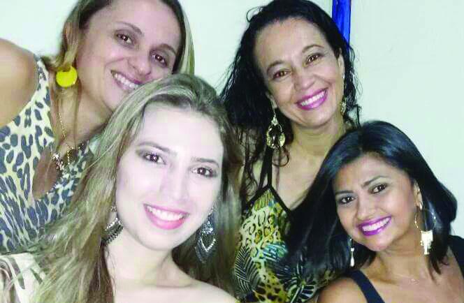 As Super Girls: Grazy, Renata, Mary e Elô em momento de descontração e graça. Lindas