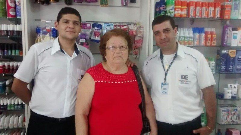 Atendimento especial na Drogaria Essencial - um diferencial que conquista  clientes e faz amigos.