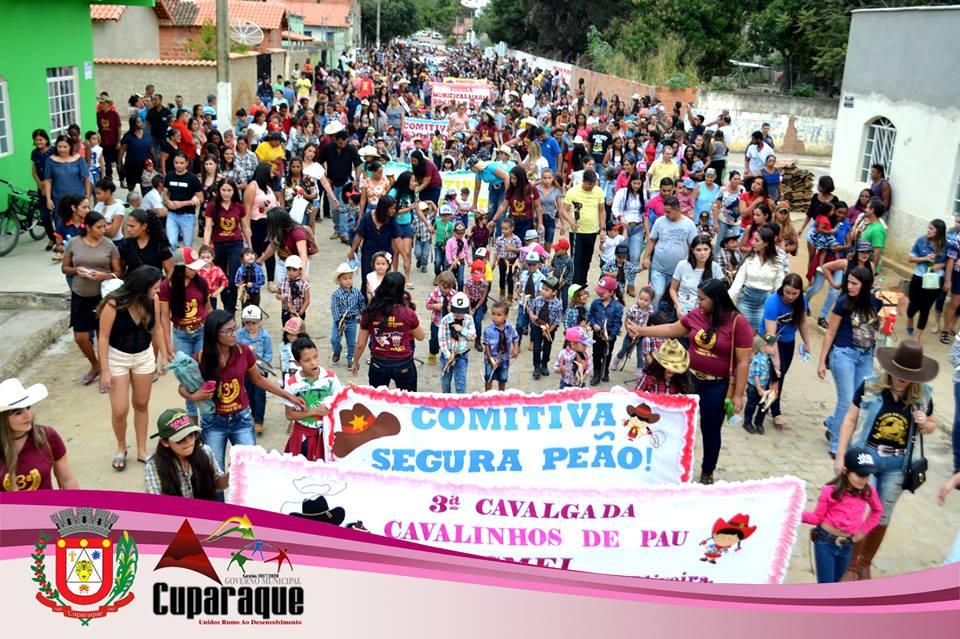 CUPARAQUE REALIZA  A 3.ª CAVALGADA DE CAVALINHOS DE PAU