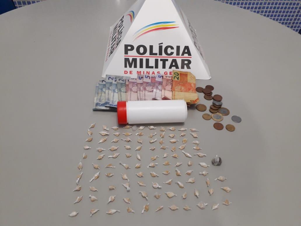 POLÍCIA FILMA COMÉRCIO DE DROGAS E PRENDEM TRÊS SUSPEITOS DE TRÁFICO