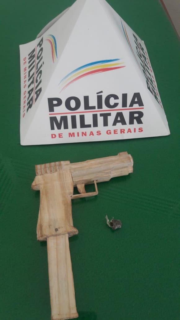 PM INVESTE CONTRA O TRÁFICO E BANDIDOS FOGEM NO MEIO DO MATAGAL