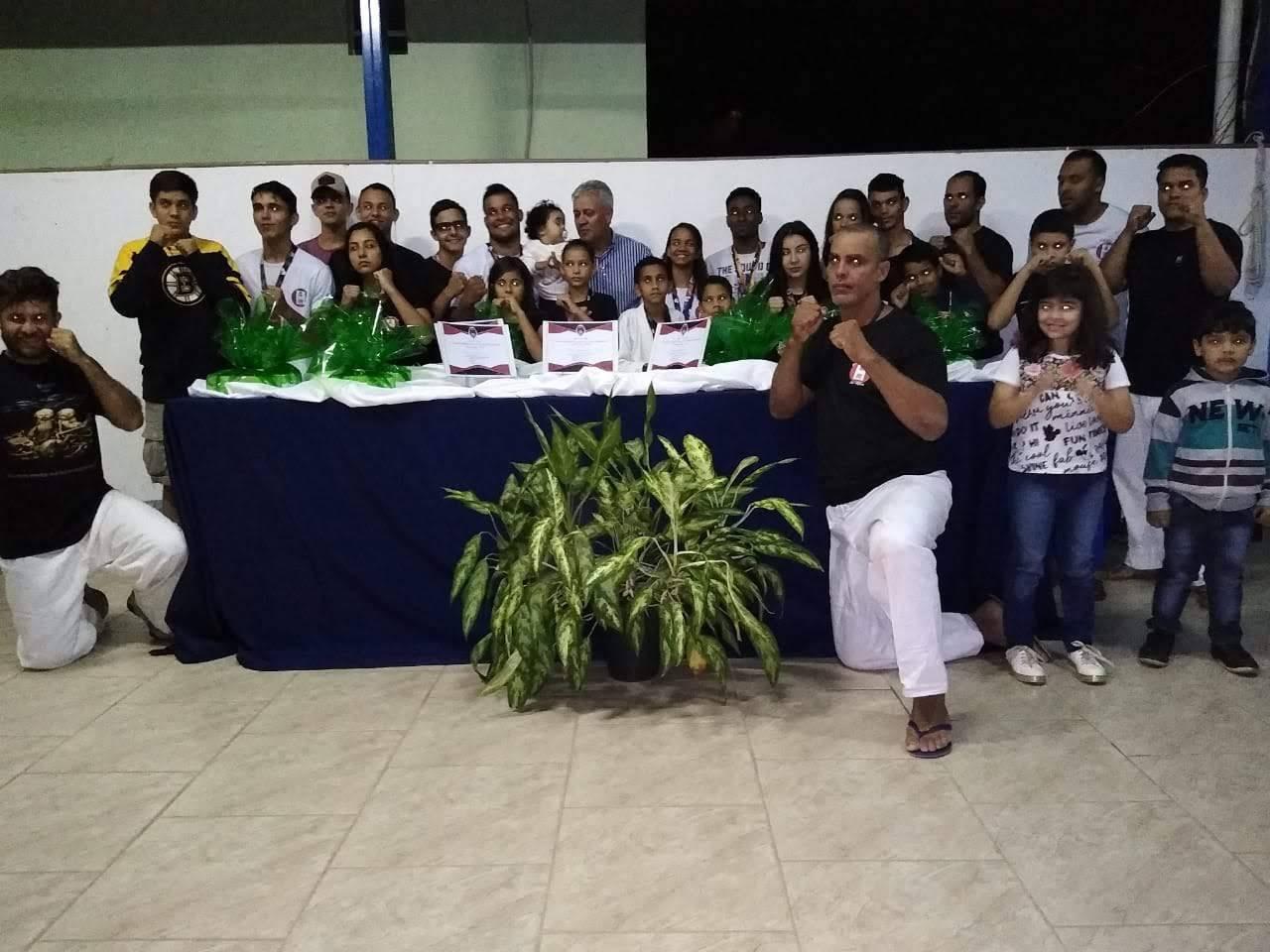 ADMINISTRAÇÃO DE GOIABEIRA FAZ HOMENAGEM AOS ATLETAS DE JU-JITSU