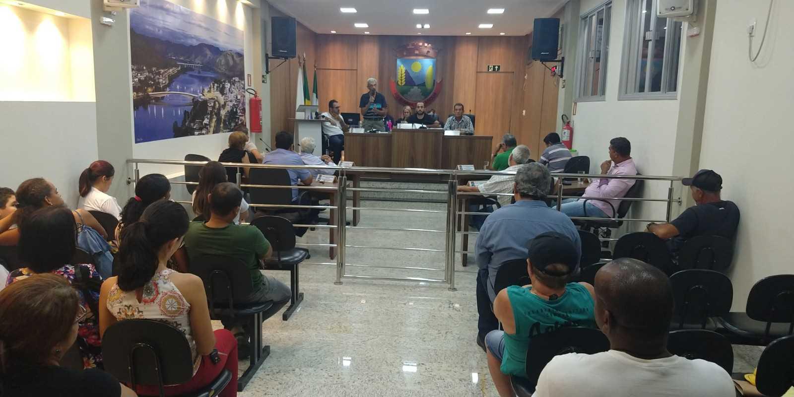 VEREADORES DE RESPLENDOR APROVAM EMENDA DE AUSTERIDADE NO ORÇAMENTO DO MUNICÍPIO