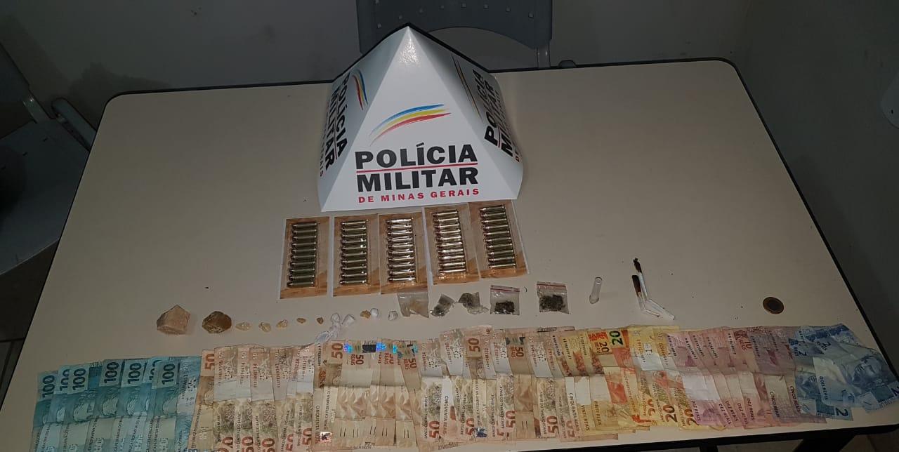 POLÍCIA MILITAR PRENDE HOMEM POR TRÁFICO, AGRESSÃO À ESPOSA GRÁVIDA E POSSE DE MUNIÇÃO