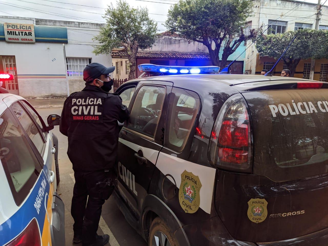 HOMEM SE APROVEITAVA DO CONVÍVIO COM ADOLESCENTES PARA MOLESTÁ-LAS