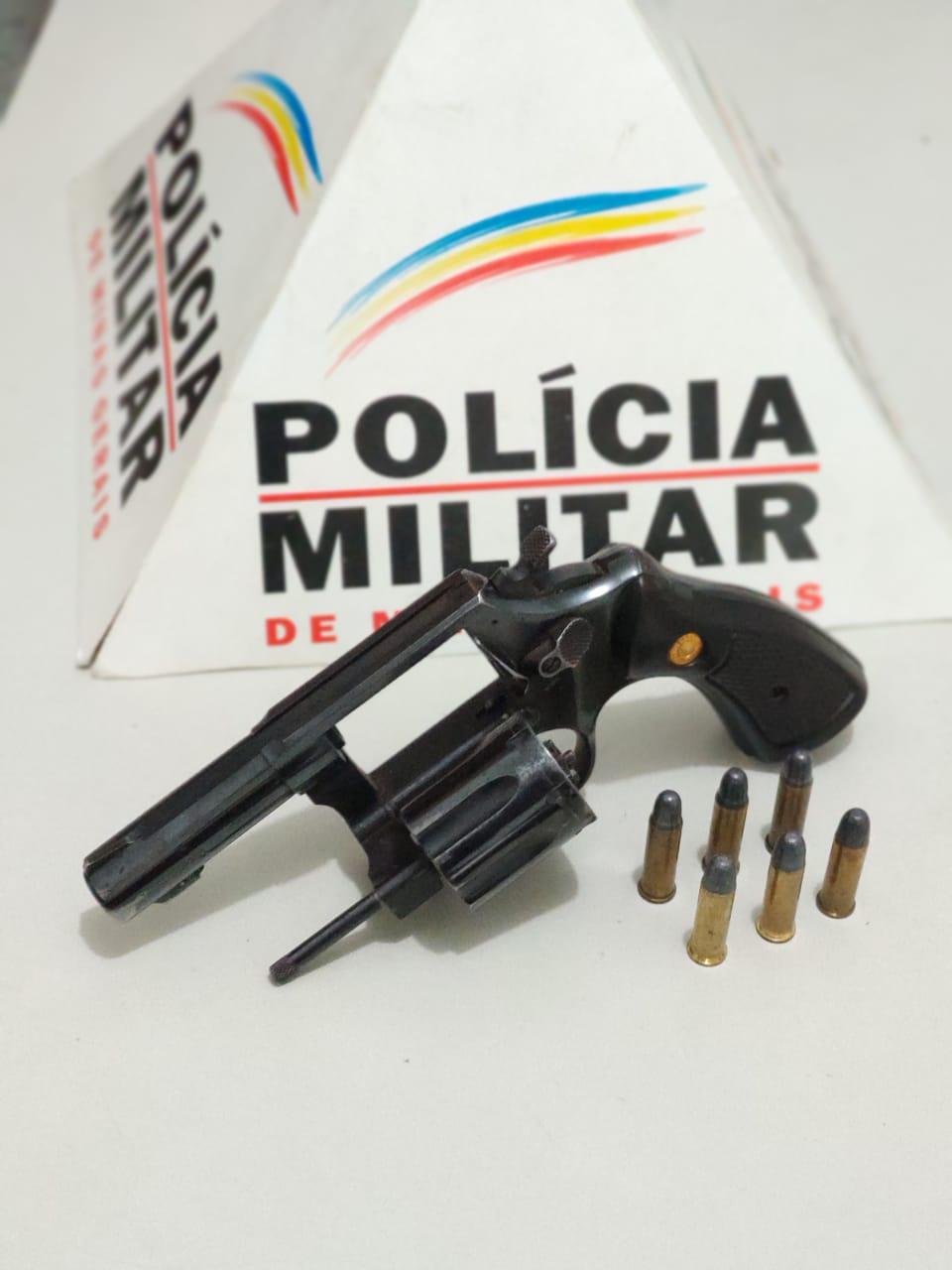 POLÍCIA PRENDE CONDUTOR ARMADO COM REVOLVER NA BR-259
